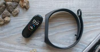Xiaomi Mi Band 4 at Aliexpress Review | 10 reasons why you need it