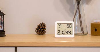 Electronic clock with thermometer at Aliexpress Review